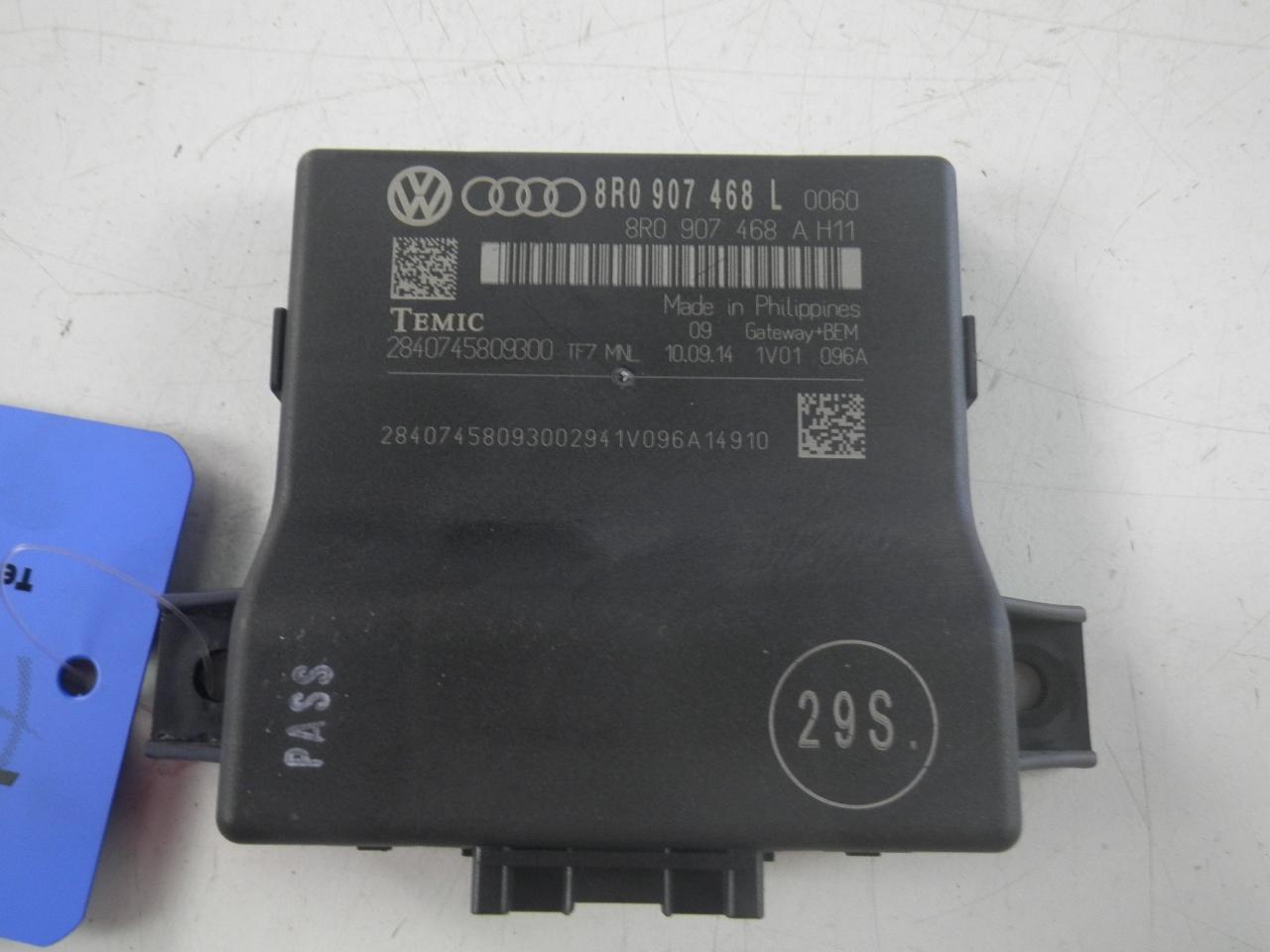 AUDI A4 (8K2, B8) Kiti valdymo blokai 5084579